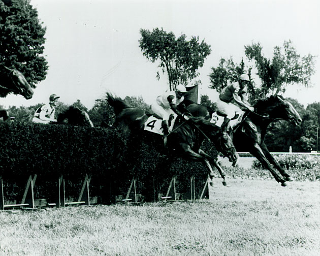 Joe Aitcheson aboard Bon Nouvel in the 1968 Beverwyck Steeplechase.