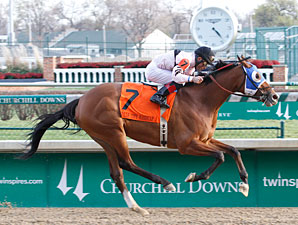 Afleeting Lady wins the 2012 Falls City Handicap.