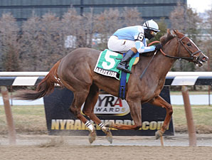 Agave Kiss wins the 2012 Ruthless.