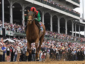 Animal Kingdom wins the 2011 Kentucky Derby.