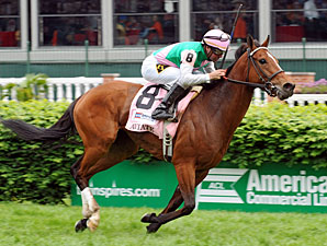 Aviate wins the Churchill Downs Distaff.