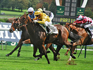 Best Dating wins the Prix Du Pin