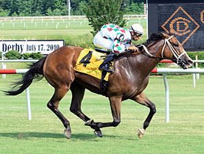 Bopolene wins the 2010 Oakley Stakes.