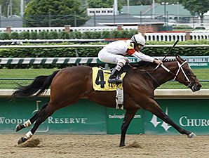 Cinco Charlie Maiden Win, May 9, 2014 at Churchill Downs.