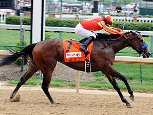 Contested wins the 2012 Eight Belles.