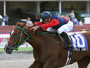 Criolla Bonita wins the 2009 Cassidy Stakes.