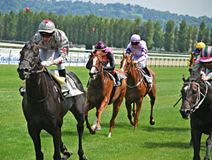 Dabirsim wins the Prix de Cabourg.