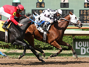 Debris wins the 2010 Louisiana Cup Oaks.