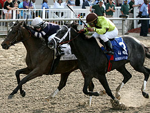Demarcation wins the 2011 Mineshaft.