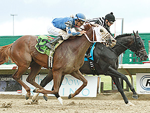 East Hall wins the 2014 Ohio Derby.