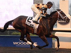 Embur's Song wins the 2011 Hendrie Stakes.