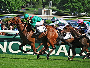 Ervedya wins the Poule D'Essaides Pouliches