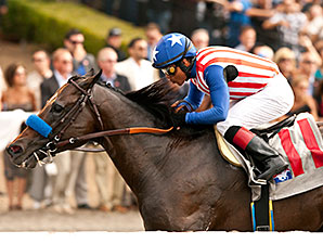 Fed Biz wins the San Diego Handicap.