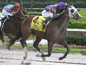 Fort Loudon wins the 2011 Dr. Fager Divsion of the FL Stallion Stakes.