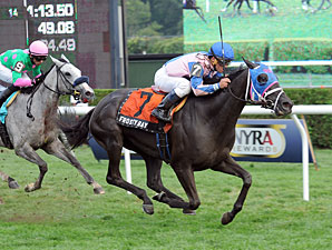 Frosty Bay wins the 2013 Statue of Liberty.