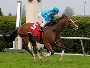 Get Stormy wins the 2011 Maker's Mark Mile.