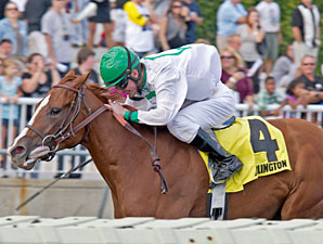Gold Edge wins the 2012 Arlington-Washington Lassie.