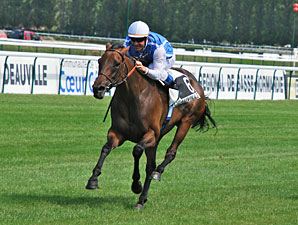 Goldikova wins the Prix Rothschild.