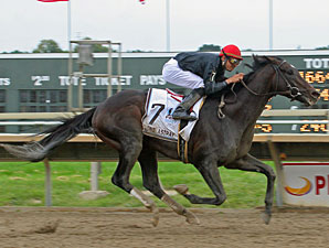 Gone Astray wins the 2009 Pennsylvania Derby.