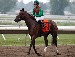 Gypsy's Warning wins the 2010 Eatontown.
