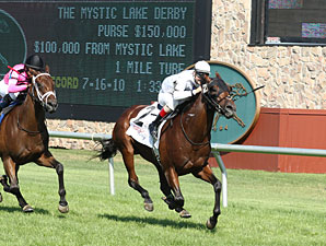 Hammers Terror wins the 2012 Mystic Lake Derby.