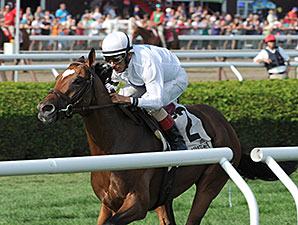 Heart to Heart wins the 2014 Better Talk Now Stakes.