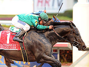 Honor Code wins the 2015 Gulfstream Park Handicap.