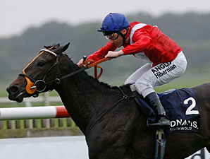 Hooray wins the 2010 Cheveley Park Stakes.
