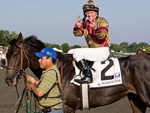 Hot Cha Cha after winning the 2009 Pucker Up.