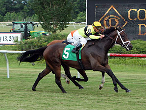 Hudson Steele wins the 2013 Da Hoss Stakes.
