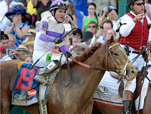 I'll Have Another wins the 2012 Kentucky Derby.