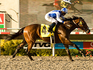 J P's Gusto wins the 2010 Del Mar Futurity.