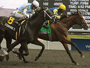 James Street wins the 2011 Seagram Cup.