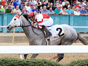 Joyful Victory in the 2011 Fantasy Stakes.