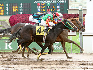 Justalittlesmoke wins the 2014 John W. Galbreath Stakes.