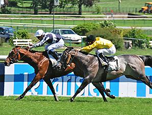 Karakontie wins the Poule d'Essai des Poulains.