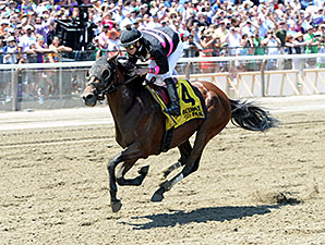 Kid Cruz wins the 2014 Easy Goer Stakes.