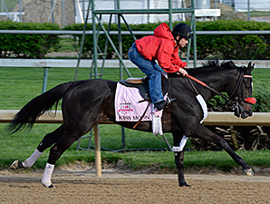 Kiss Moon at the start of her work for the Kentucky Oaks April 27.