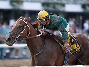 Luna Vega wins the 2009 Molly Pitcher.
