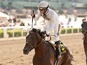 Majestic Harbor wins the 2014 Gold Cup at Santa Anita.