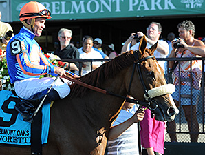 Minorette wins the 2014 Belmont Oaks.