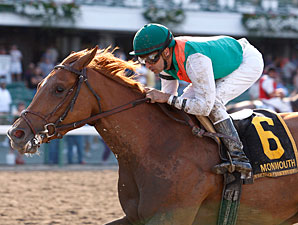 Miss Valentine wins the 2011 Serena's Song.