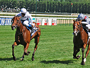 Moonlight Cloud wins the Prix Jacques Le Marois.