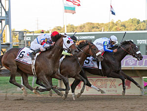 Morning Line wins the 2010 Pennsylvania Derby.