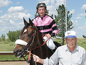 Ms. Battlefield wins the 2014 Silver Cup Futurity Filly Division