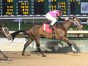 Nurse Emmielle wins the 2013 Louisiana Futurity, Filly Division.