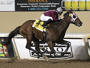 Okie Ride wins the 2011 Oklahoma Classics Sprint.