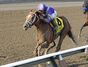 Princess of Sylmar wins the 2013 Alabama.