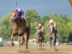 Princess of Sylmar wins the 2013 CCA Oaks.