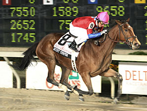 Quiet Temper wins the 2009 Delta Princess Stakes.